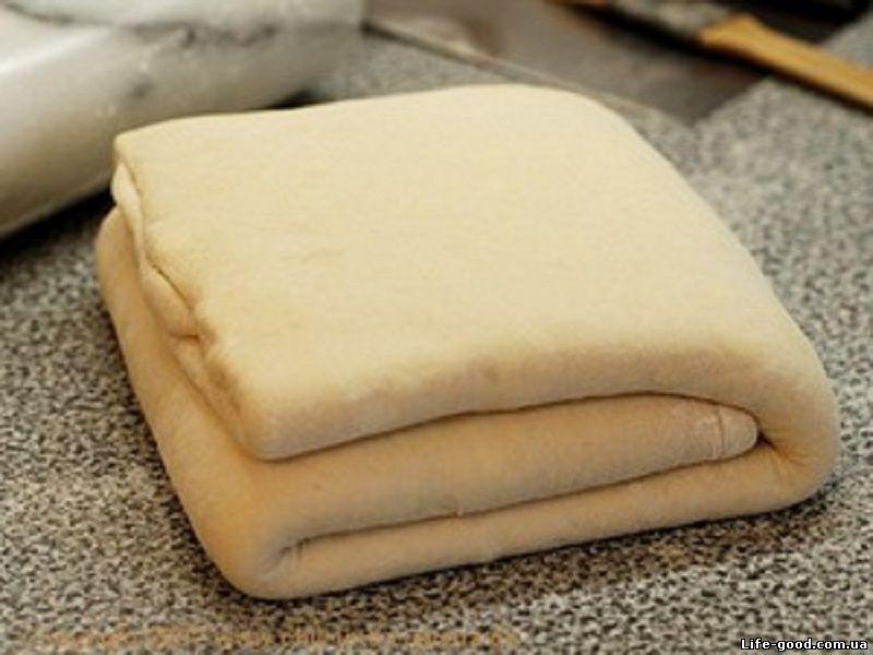 Рецепт приготовления слоеного дрожжевого теста в домашних условиях