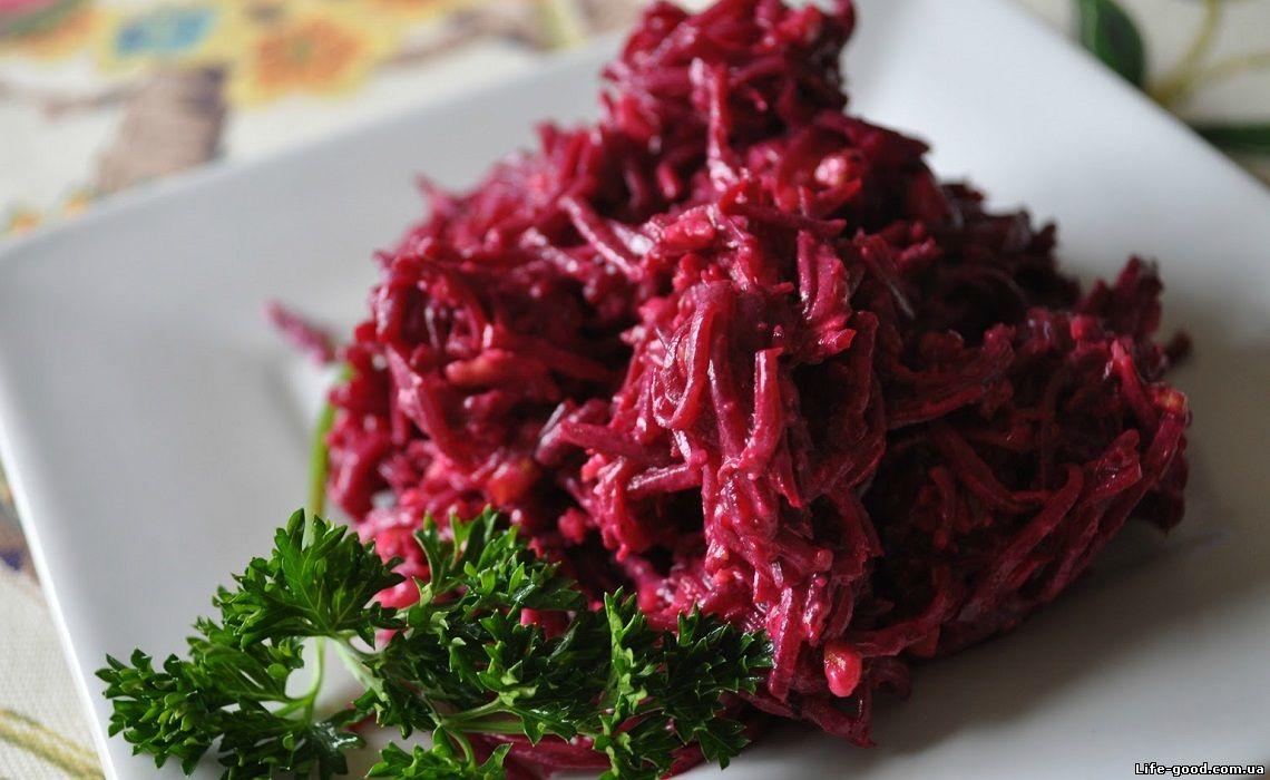 салат из свеклы с грецкими орехами рецепт