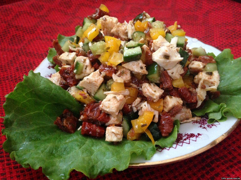 Рецепты салатов с вялеными помидорами